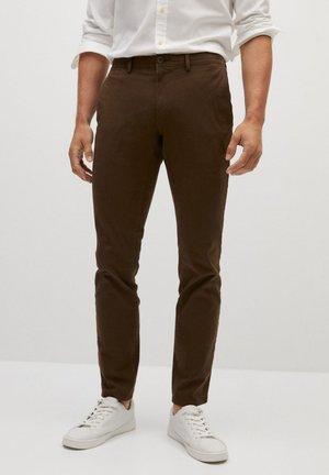 BARNA - Chino kalhoty - braun
