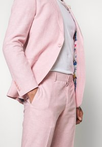 Isaac Dewhirst - PLAIN WEDDING - Suit - pink - 8