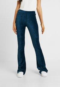 Noisy May Tall - NMCUJI PANT - Trousers - gibraltar sea - 0