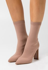 ALDO - DELUDITH - High heeled ankle boots - bone - 0