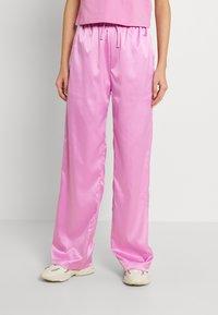 adidas Originals - WIDE LEG PANT - Broek - bliss orchid - 0
