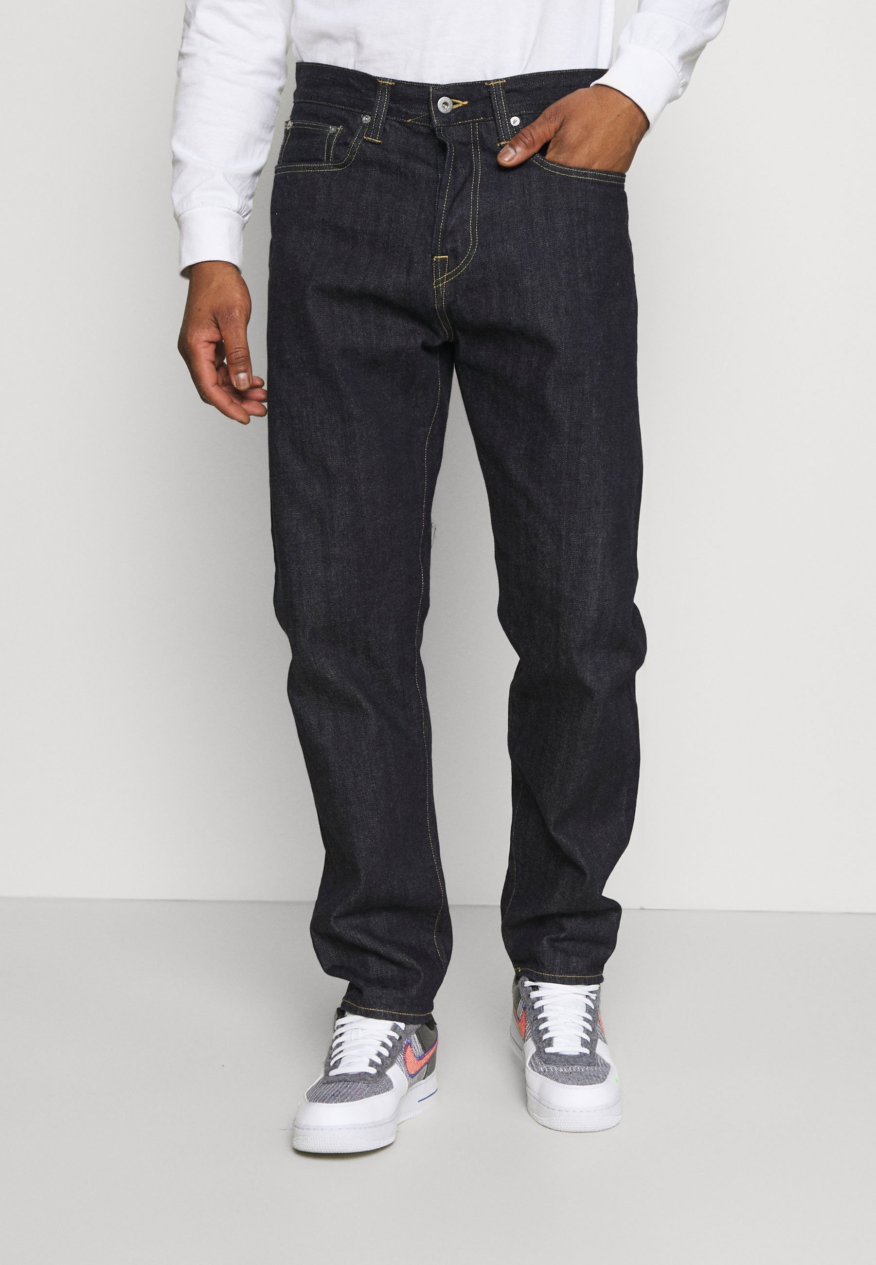 Men ED-45 LOOSE TAPERED - Relaxed fit jeans