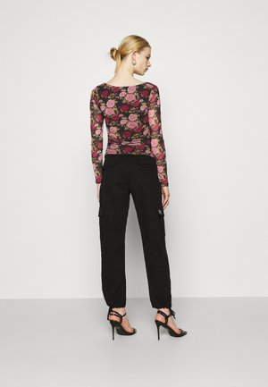 RUCHED LONG SLEEVE - T-shirt à manches longues - rose