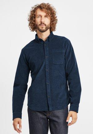 CLODY - Skjorter - dress blues