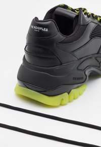 The Kooples - ACCESS SHOES - Trainers - black/yellow - 5