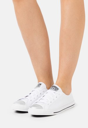 CHUCK TAYLOR ALL STAR DAINTY MONO METALLIC - Trainers - white/pure silver/black