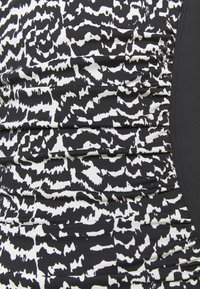 LASCANA - SWIMSUIT - Swimsuit - black/creme - 4
