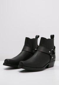 Kentucky's Western - Cowboy/biker ankle boot - black - 2
