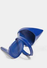 Bershka - High heels - metallic blue - 4