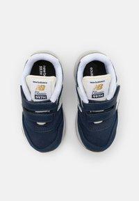 New Balance - IZ997HHE UNISEX - Sneakers - navy - 3