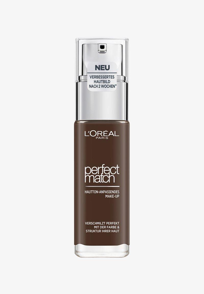 L'Oréal Paris - PERFECT MATCH MAKE-UP - Fond de teint - 12.n ebony