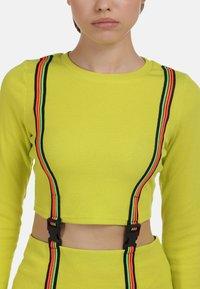 myMo ATHLSR - Shift dress - neon gelb - 3