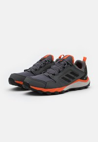 adidas Performance - TERREX AGRAVIC GORE-TEX RUNNING - Trail running shoes - grey four/core black/orange - 1