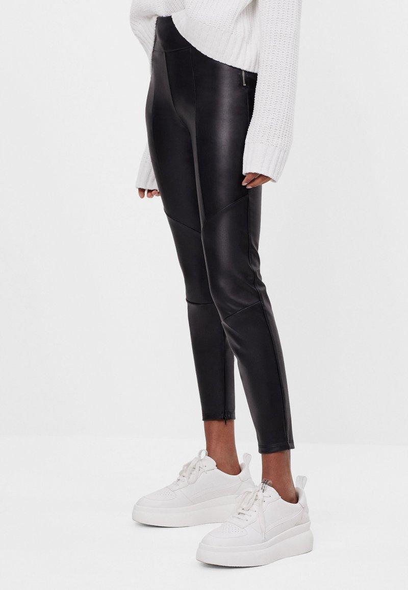 Bershka - Pantalon classique - black
