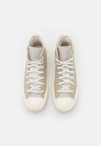 Converse - CHUCK TAYLOR ALL STAR LIFT - Sneakers hoog - string/pale putty/egret - 5