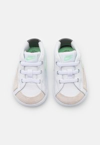 Nike Sportswear - BLAZER MID - First shoes - white/vapor green/smoke grey/black - 3