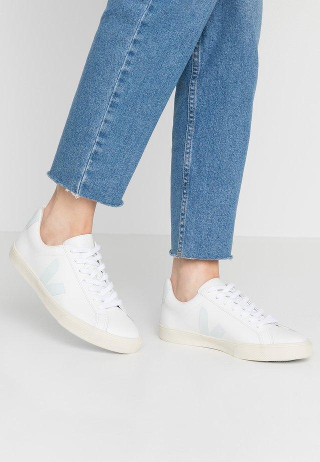 ESPLAR - Sneakersy niskie - extra white/menthol