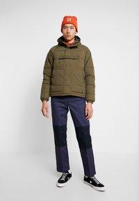 Dickies - EZEL - Spodnie materiałowe - navy blue - 1