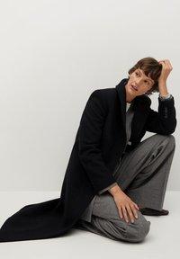Mango - Classic coat - noir - 4