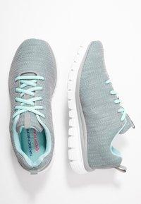 Skechers Wide Fit - WIDE FIT GRACEFUL - Sneakers laag - gray/mint - 3