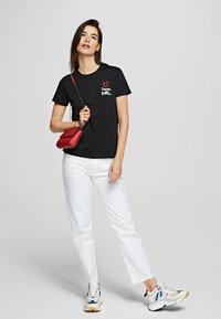 KARL LAGERFELD - FOREVER KARL - Print T-shirt - black - 1