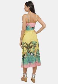 IZIA - Day dress - tropical print - 2