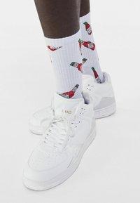 Bershka - 3 PACK - Socks - multi-coloured - 0