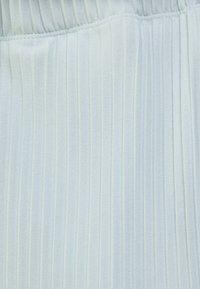 Bershka - Shortsit - light grey - 5