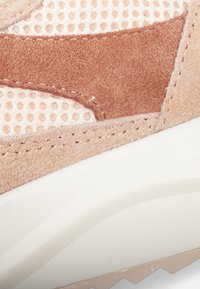 Woden - SOPHIE RAINBOW - Sneakers basse - salmon - 5