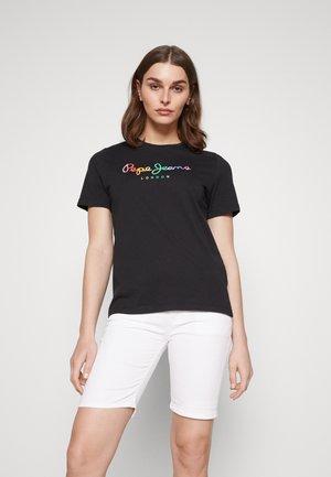 SYLVIA - T-shirt med print - black
