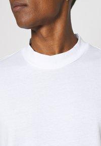 YOURTURN - UNISEX - Basic T-shirt - white - 4