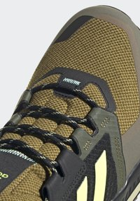adidas Performance - TERREX TRAILMAKER BLUE HIKING SHOES - Fjellsko - wild moss/hi-res yellow/halo gold - 9