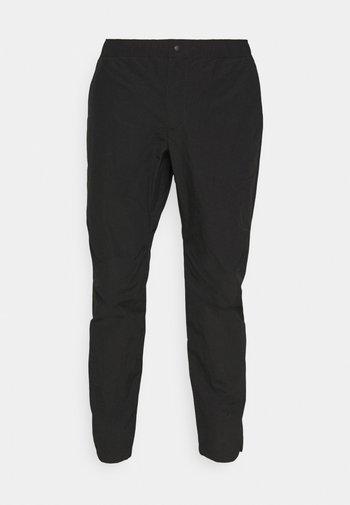 FLYNT PANT IN TECH - Pantalon classique - black