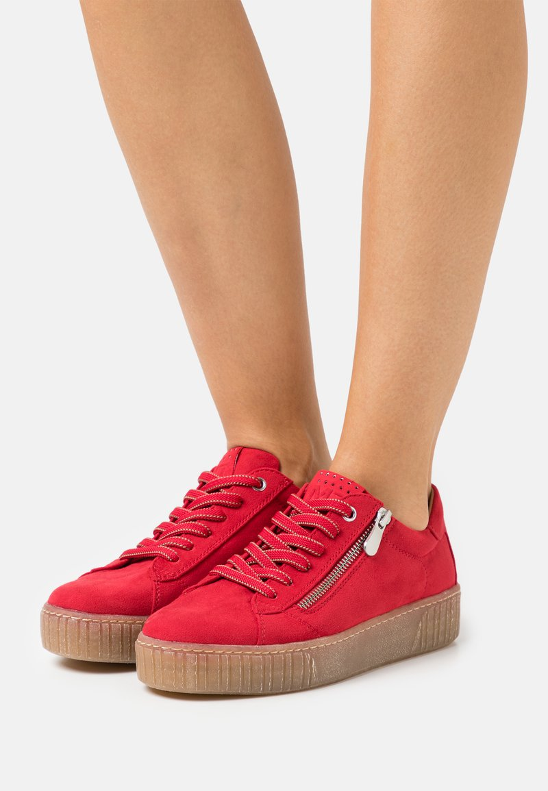 Marco Tozzi - Sneakers laag - red