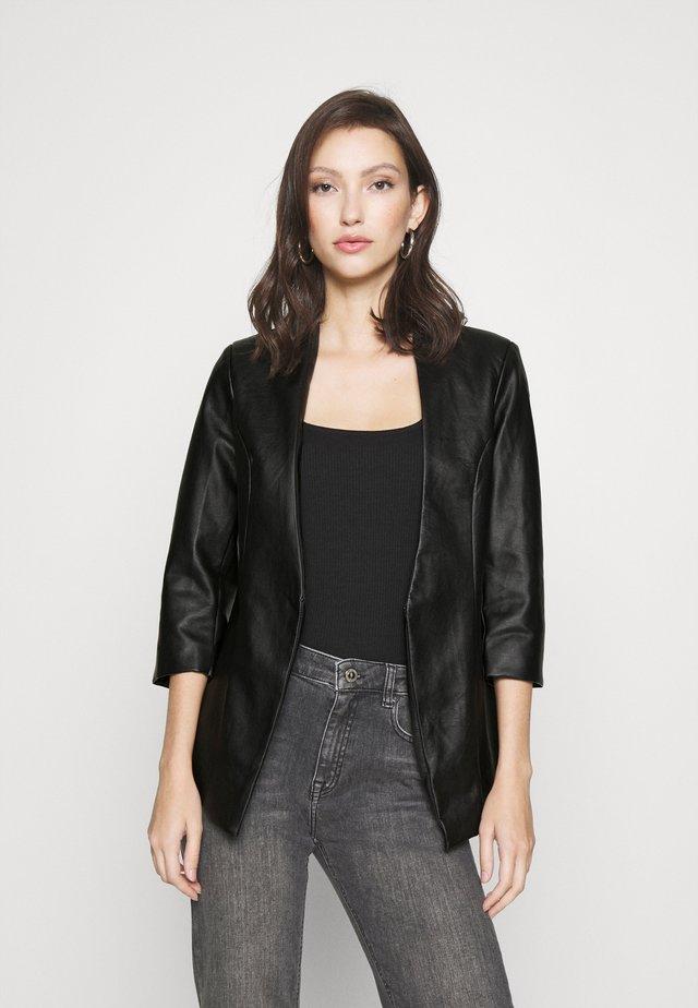 VILUPPI COATED  - Blazer - black