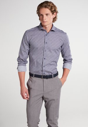 SLIM FIT - Shirt - blau/rot