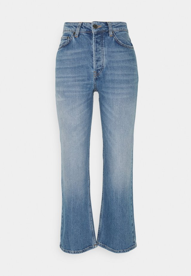 LOLLO - Flared Jeans - mid blue wash