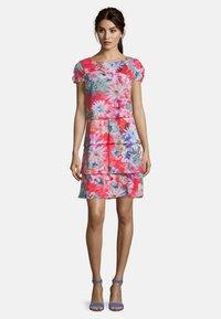 Betty Barclay - Day dress - pink/dark blue - 1