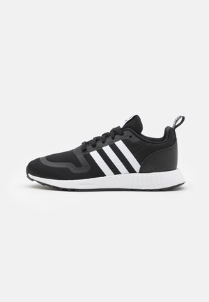 MULTIX UNISEX - Trainers - core black/footwear white