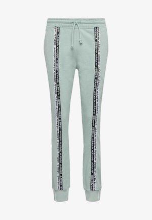 R.Y.V. JOGGERS - Pantalones deportivos - green