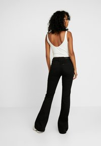 Lee - BREESE - Flared jeans - black rinse - 2