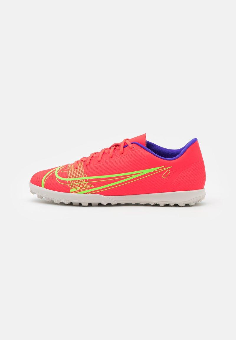 Nike Performance - MERCURIAL VAPOR 14 CLUB TF - Astro turf trainers - bright crimson/metallic silver