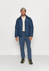 The North Face - DYE HARRISON PANT VINTAGE - Pantaloni - vintage indigo - 1