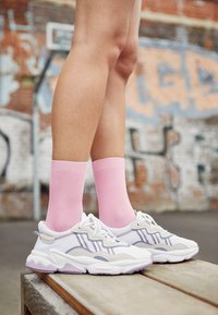 adidas Originals - OZWEEGO ADIPRENE+ RUNNING-STYLE SHOES - Trainers - footwear white/grey three/soft vision - 4