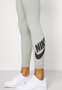 Nike Sportswear - LEGASEE FUTURA - Leggings - Trousers - dark grey heather/black - 4