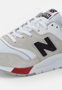 New Balance - 997 - Zapatillas - white/red - 5