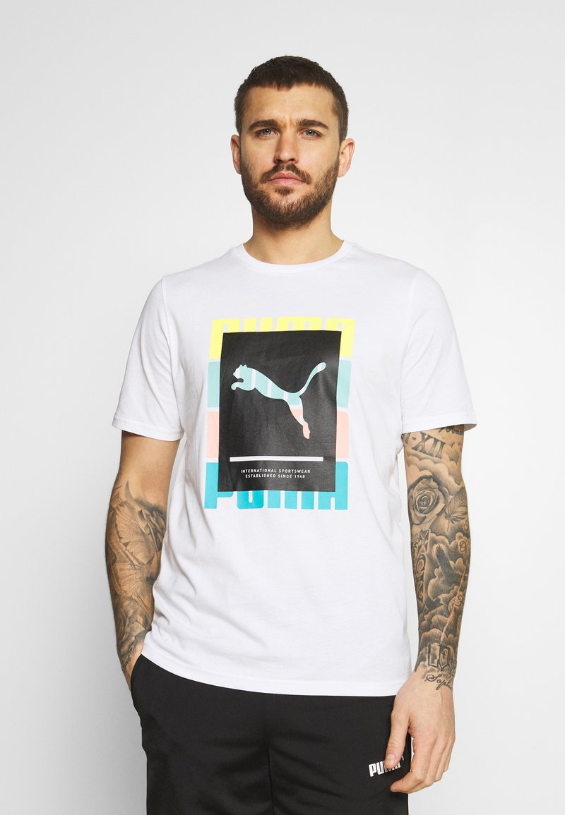 Puma - SUMMER COURT GRAPHIC TEE - Print T-shirt - white