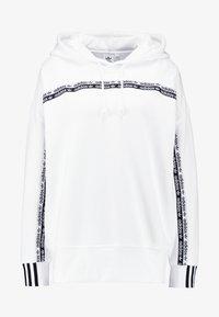 adidas Originals - R.Y.V. LOGO HODDIE SWEAT - Hættetrøjer - white - 5