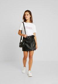 Topshop Petite - HARDWEAR DETAIL - A-snit nederdel/ A-formede nederdele - black - 1
