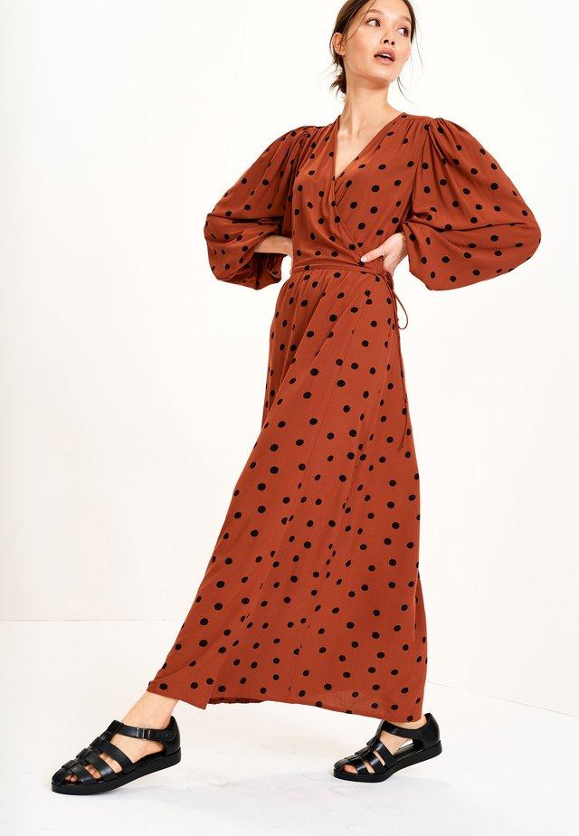 Długa sukienka - tan
